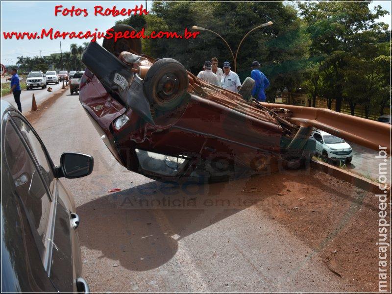 Maracaju: Acidente envolvendo dois veículos e capotamento no pontilhão do viaduto