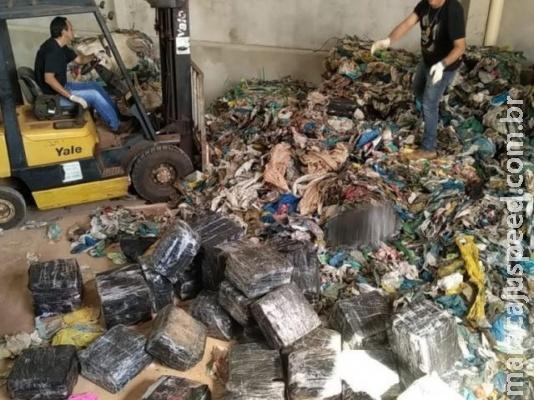 Defron descobre depósito usado para esconder maconha em lixo reciclável