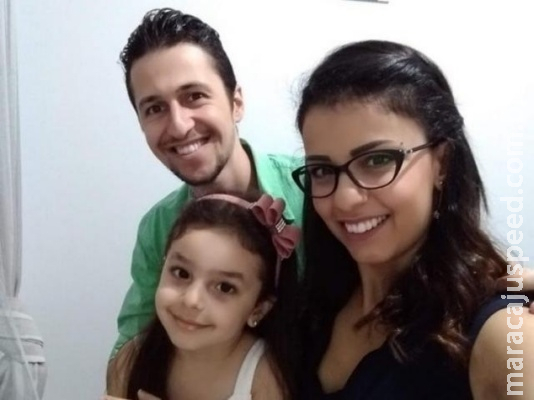 Formado em meio a guerra, engenheiro sírio dirige o dia todo para resgatar pais