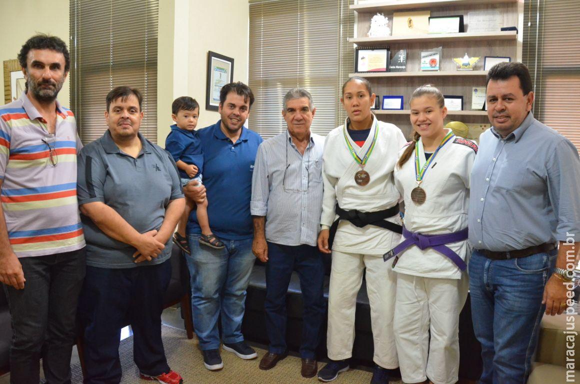 Maracaju: Atletas que representaram o município em campeonato de judô são recepcionados pelo Prefeito Municipal