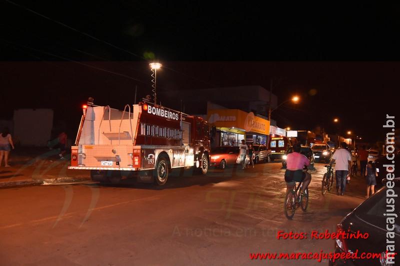 Maracaju: Corpo de Bombeiros atendem ocorrência de incêndio em residência na Rua Joaquim Murtinho