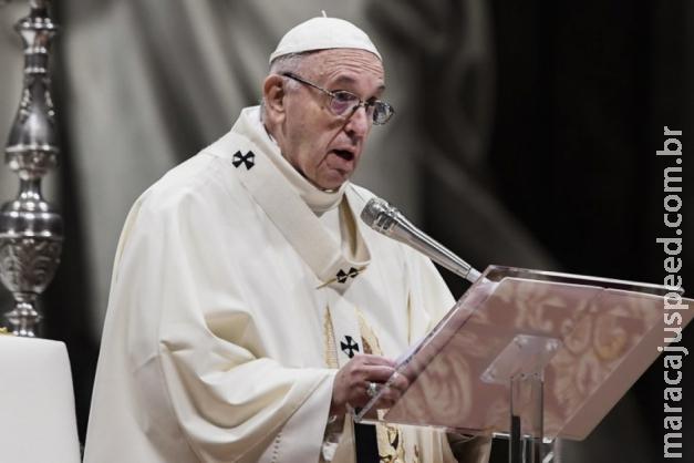 Papa Francisco torna obrigatório bispos denunciarem casos de abusos sexuais