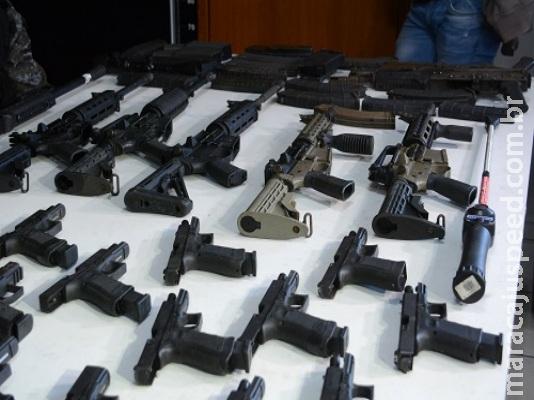 Arsenal de grupo de extermínio é levado para a Polícia Federal