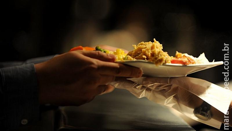 Doenças transmissíveis pela comida matam 420 mil pessoas por ano no mundo
