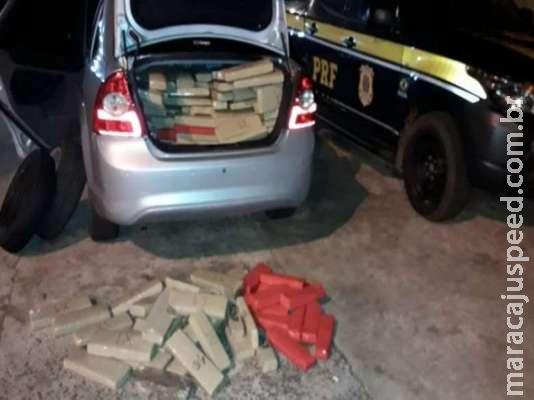 Veículo roubado é recuperado com 600kg de maconha