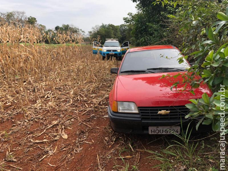 Maracaju: PMRv apreende veículo carregado com 10mil maços de cigarro na MS-462