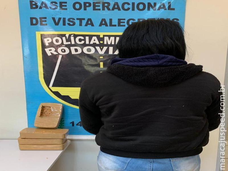 Maracaju: PMRv prende passageira de ônibus com 4 kg de crack que revenderia no estado de MG