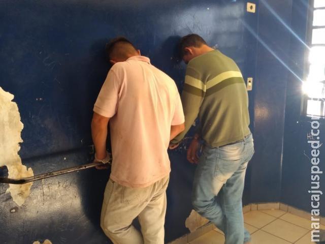 Militares de folga impedem roubo e dois são presos em posto de combustível
