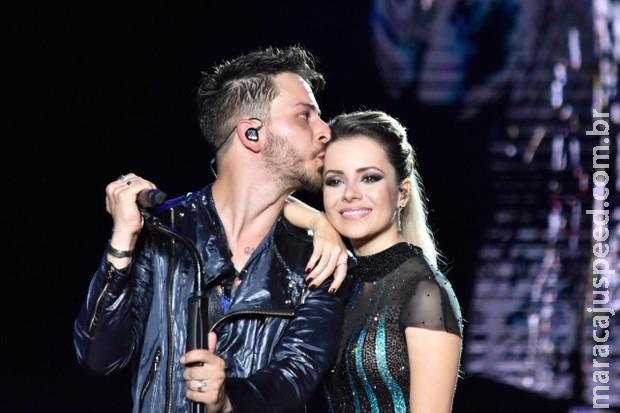 Sandy chora no fim de estreia de turnê com Junior em Pernambuco
