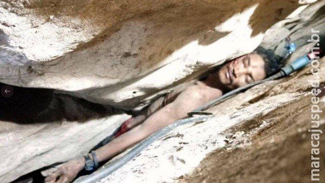 Homem escorrega e fica preso em fenda de montanha por 3 dias