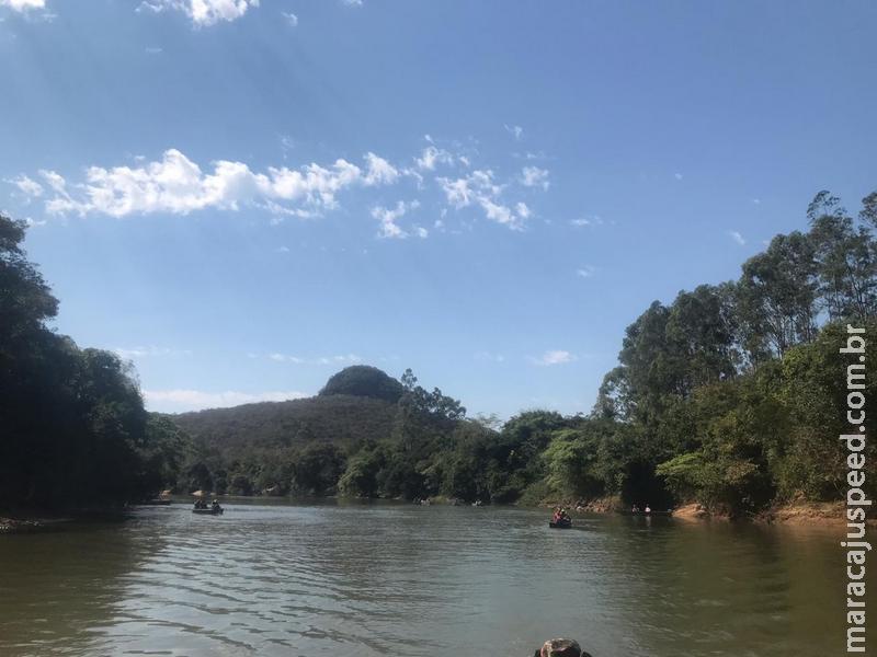 Polícia Militar Ambiental monitora cardumes no rio Aquidauana e prende pescador campo-grandense com pescado ilegal