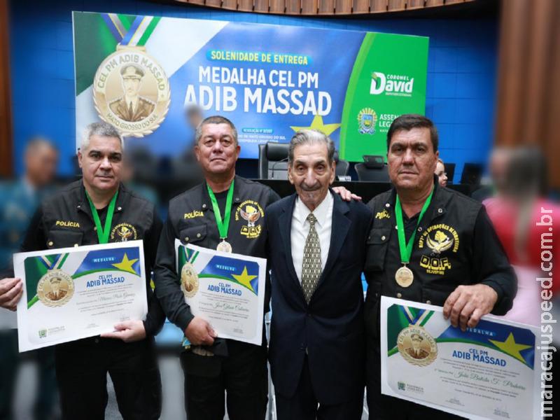 Policiais do DOF são agraciados com a Medalha Coronel Adib. Dois policiais trabalharam em Maracaju por vários anos