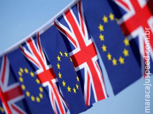 Premiê britânico mira conservadores contrários a plano do Brexit