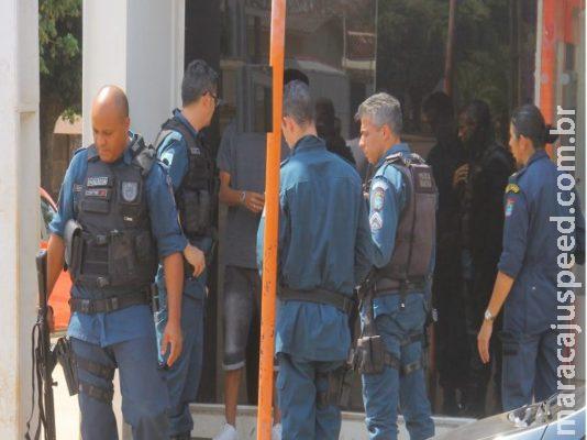 Trote de sequestro mobiliza dezenas de policiais em banco