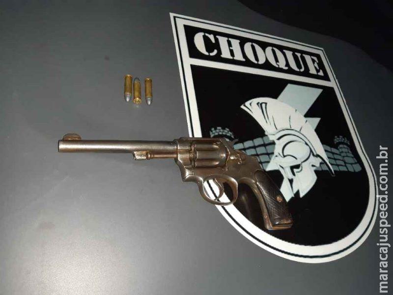 Adolescente é detido com revólver em pós-festa de Carnaval no Centro