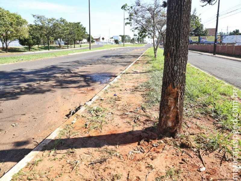 Campo Grande: Em fuga cinematográfica, empresário maracajuense embriagado provoca acidente que destruiu carro
