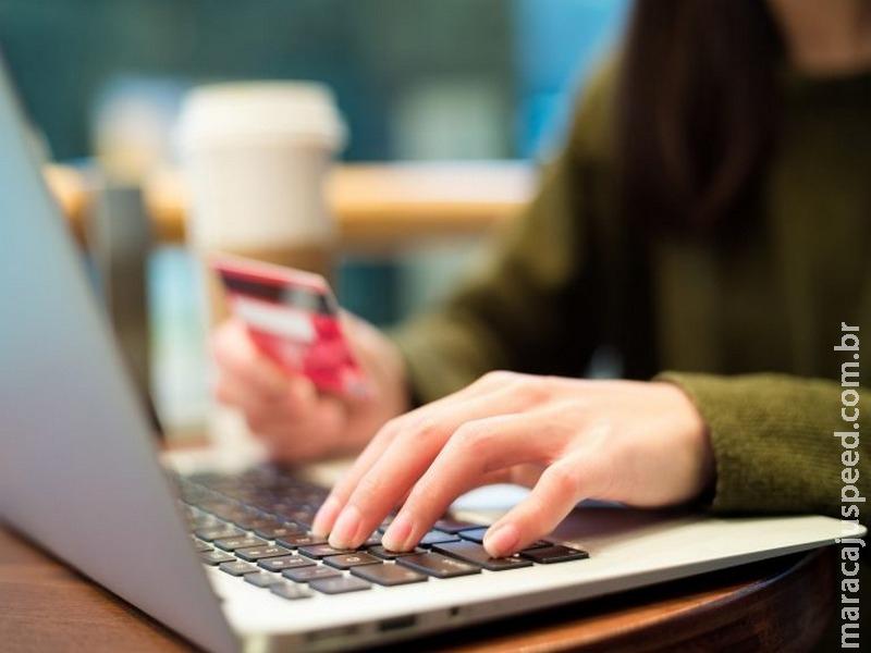 Código de Defesa do Consumidor é eficaz, mas regulamentar comércio eletrônico é necessário