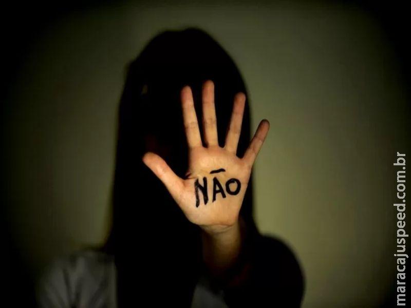 """Maracaju: Homem é acusado de """"estupro e estupro de vulnerável"""" cometido contra seus próprios filhos, um casal de crianças de 12 e 14 anos de idade atualmente"""