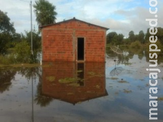 PMA ajuda no resgate de 16 famílias após enchente no Rio Miranda