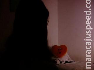 Vítima de tortura, menina de 3 anos foi levada duas vezes para ritual, revela curandeira