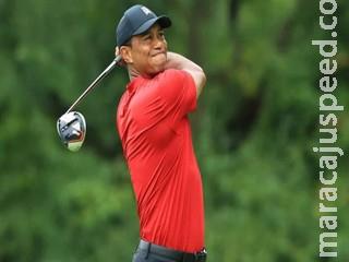 Gravemente ferido nas pernas, Tiger Woods dirigia 'rápido', diz policial