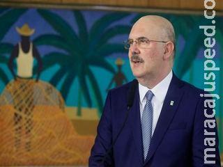 Ministro Milton Ribeiro presta depoimento à PF por declarações homofóbicas