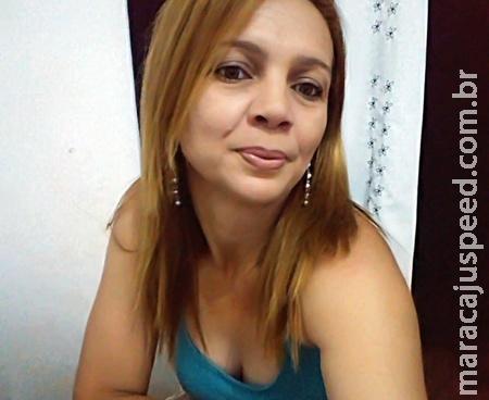 Professora Telma foi assassinada com uma foice. O carro já foi localizado e policia esta a procura do autor