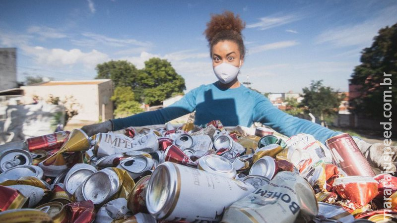Uma montanha de recicláveis para chegar ao topo do Everest