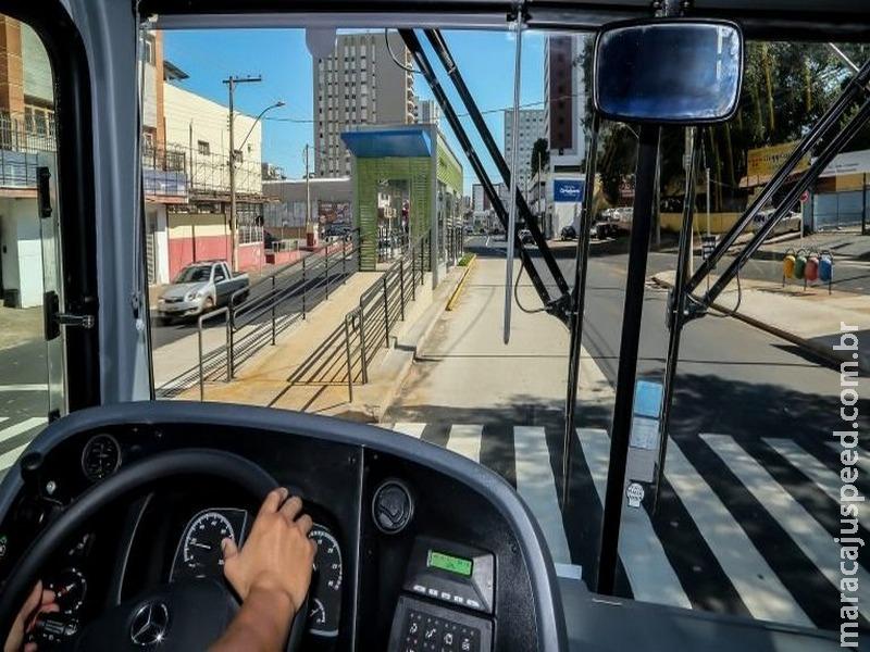 Comissão aprova projeto que aplica regras do caminhoneiro profissional aos motoristas de coletivos urbanos