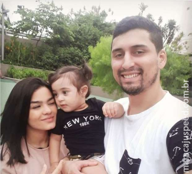 Pai, mãe e filha são encontramos mortos após desabamento de prédio