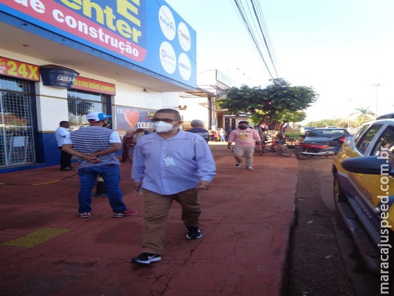 Procon intensifica fiscalização nas filas de estabelecimentos em Dourados
