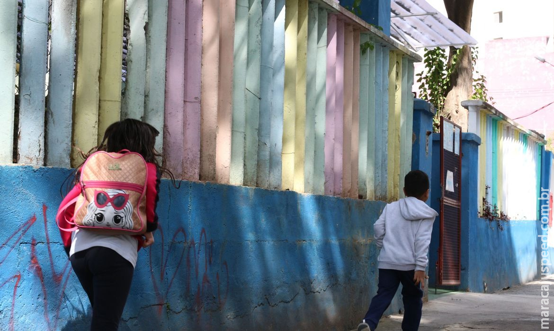 Estratégias para vacinar adolescentes devem envolver ambiente escolar