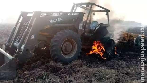 Guerrilheiros são suspeitos de atacar fazenda e queimar maquinário no Paraguai