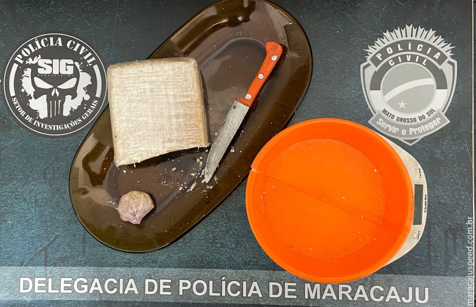 """""""Polícia Civil de Maracaju prende em flagrante mulher por tráfico de drogas"""""""